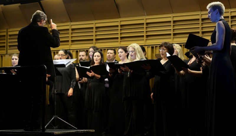 A Concert of Greek Serenades and Songs with the City of Athens Choir